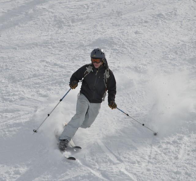 Copper tele skier